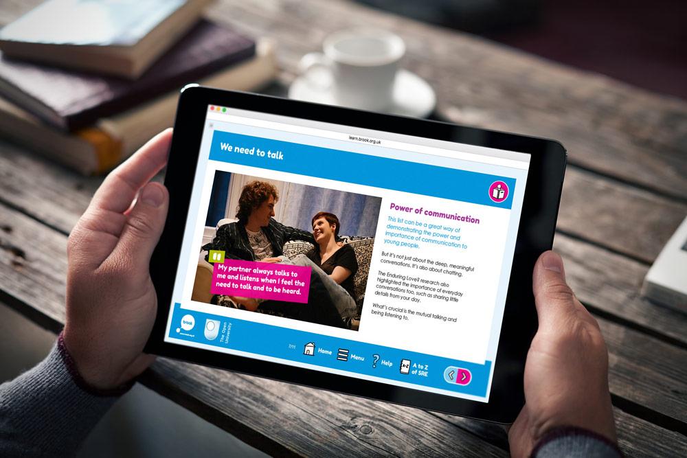 Brook Learn - Relationships - We need to talk - Elearning (iPad)